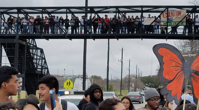 #FreeDennis: Austin High School Students Protest ICE Detention of Senior